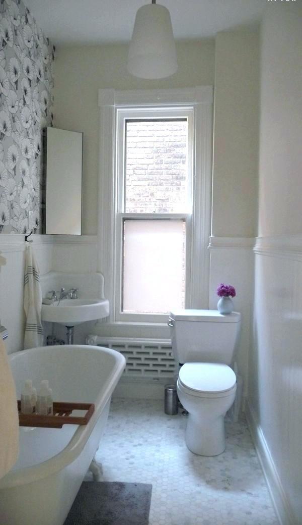 Small Clawfoot Tub Tub In Small Bathroom Small Clawfoot Tub