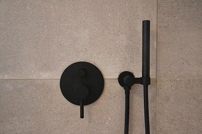 Dusche Unterputz Armatur Austauschen : Design Armatur Serie OXO II schwarz-matt Projekt Baesweiler Design
