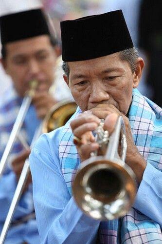 Tanjidor.  Betawi music instrument  http://www.jakarta-tourism.go.id/node/45