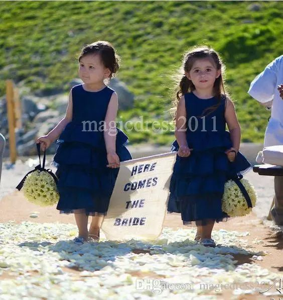 Cheap Navy Blue A-Line Flower Girl Dresses for Bohemia Country Wedding Puffy Tulle 2017 Jewel Cheap Girls Pageant Dresses for Communion Flowers Girl Pageant One Shoulder Online with $75.0/Piece on Magicdress2011's Store | DHgate.com