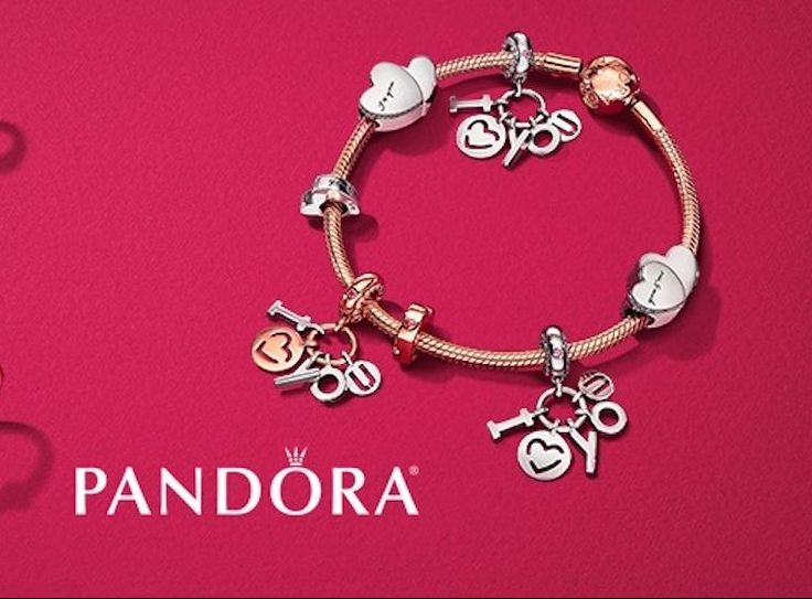 A blog all about Pandora charms and jewellery! Mora Pandora offers previews of upcoming collections, reviews of new charms and more.