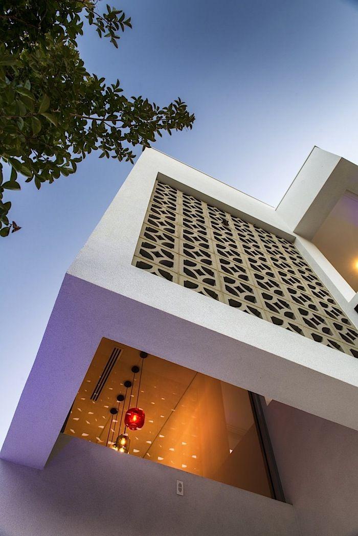 Arsitektur Rumah Huni Bergaya Mid Century Modern 03.jpg