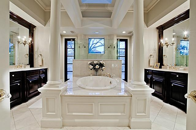 Magnificent Marble Bathroom With Columns And Tub As The