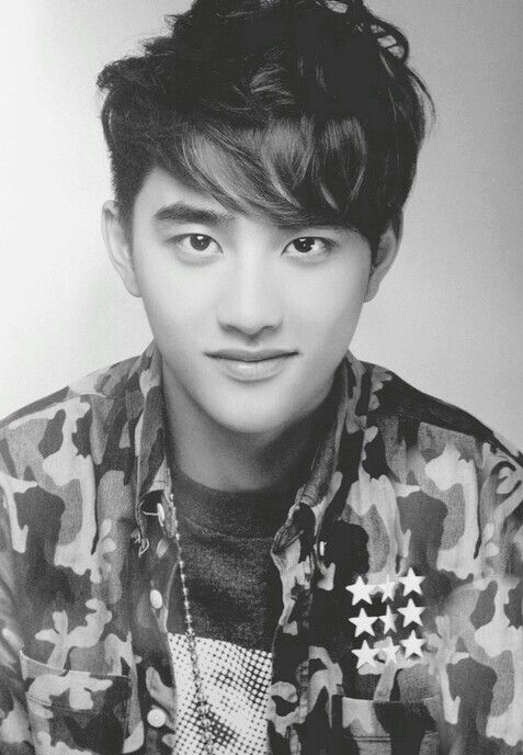 EXO D.O♡☆ This man has been trying to ruin my bias list since the first time I lay my eyes on him.