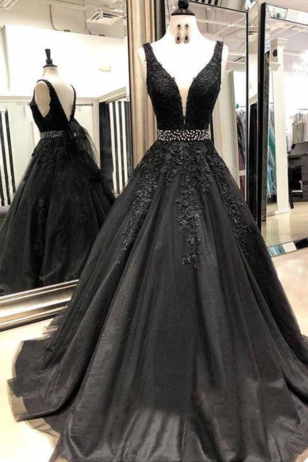A Line V Neck Open Back Black Lace Long Prom Dresses With Beading