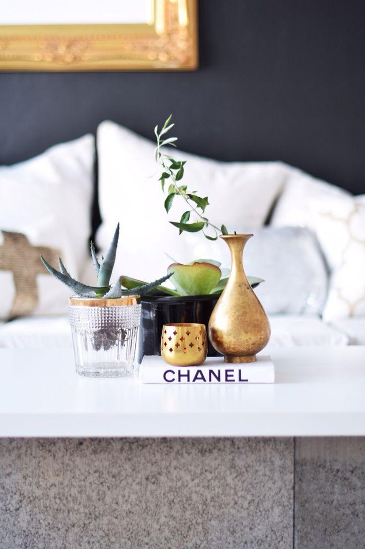 Fleamarket gold black white diy chanel livingroom diy table coffetable