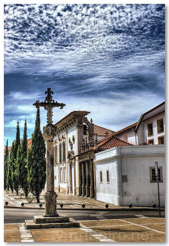 Museu de Aveiro (Santa Joana Princesa). O Mosteiro de Jesus localiza-se na…