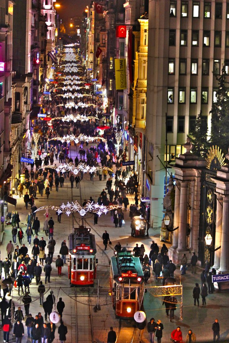 Taksim,Beyoğlu,İstanbul ...