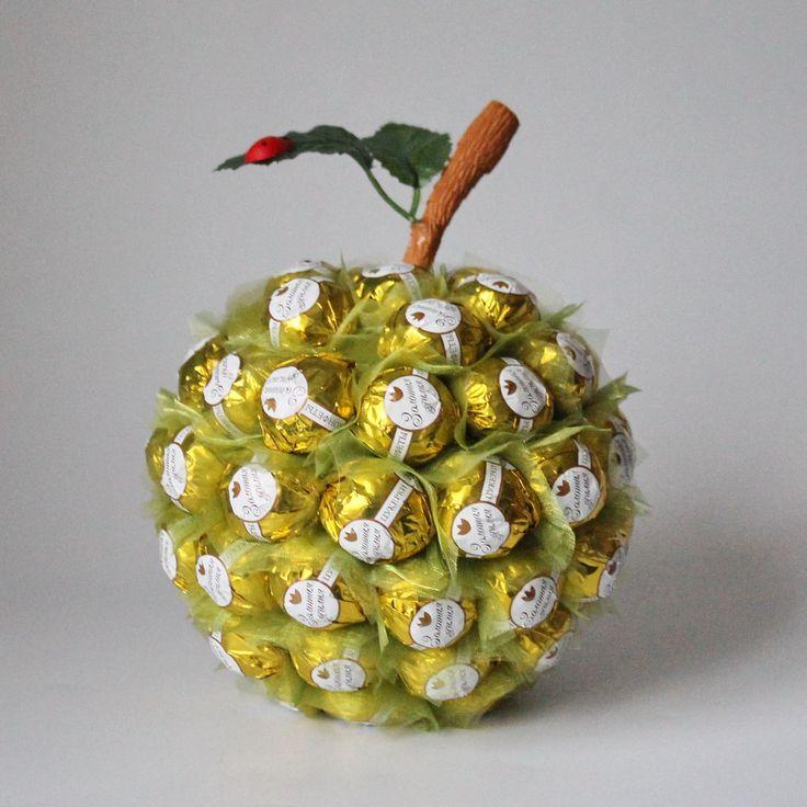 Купить Яблоко из конфет,букет из конфет. - зеленый, подарок, подарок девушке, подарок женщине