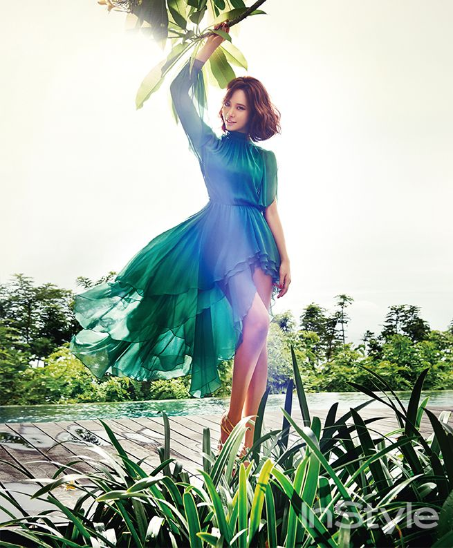 Love the dress!! // Hwang Jung Eum for InStyle Magazine January Issue '14