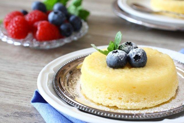Soufflé al limone, la ricetta di un dessert soffice e profumato, semplice da preparare in casa