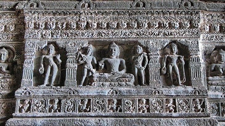 As Antigas e Magníficas Cavernas de Ajanta