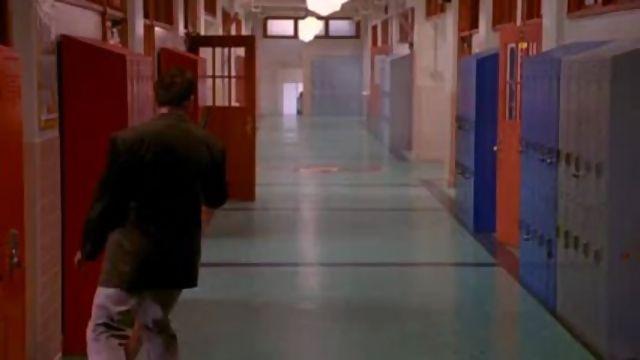 Kindergarten Cop (1990). The bad guy sets the school