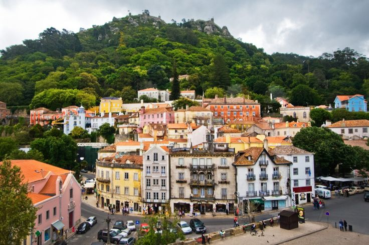 https://travelezeuk.wordpress.com/2016/03/19/an-inspirational-exclusive-place-to-experience-sintra-portugal/