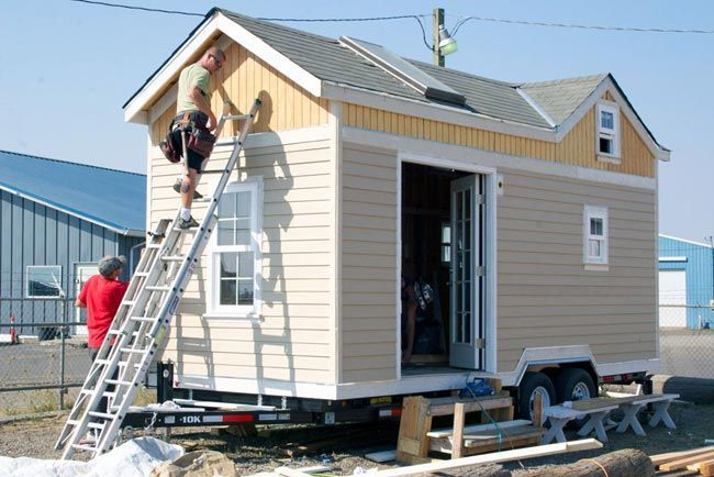 17 best images about portable tiny homes on pinterest for How to build your own tiny house on wheels