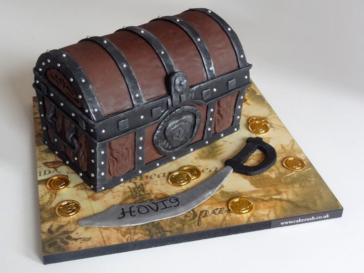 Pirate treasure chest cake cakerush.co.uk Great Idea have a plastic sword with Happy Birthday ..... on it
