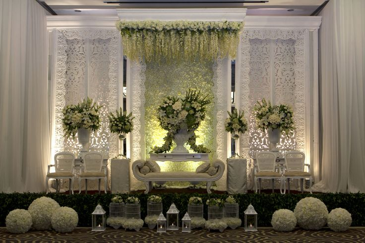 These Indoor Ceremony Backdrops Will Make You Pray For: Best 25+ Indoor Wedding Receptions Ideas On Pinterest