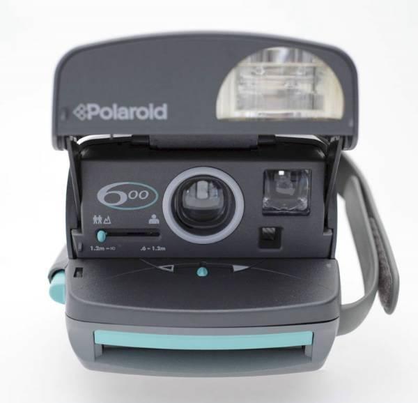 Polaroid 600 / Sofortbildkamera / Blitz / Instant Photo / OK in Wetzikon ZH kaufen bei ricardo.ch