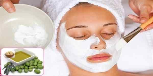 Doğal bitkiler veya besin ürünleri, güzellikten sağlığa kadar her alanda kullanılabiliyor. Bunlar asında yer alan yoğurttan da çok faydalı maske ve tarifler hazırlanıyor. Yoğurt maskeleri, sadece yüz için değil, saç ve vücut için de kullanılıyor. İçerisinde bulunan maddelerin tarif içinde yer alan diğer malzemeler ile birleşmesi ile yoğurt oldukça etkili bir ürün haline geliyor. Yoğurt …