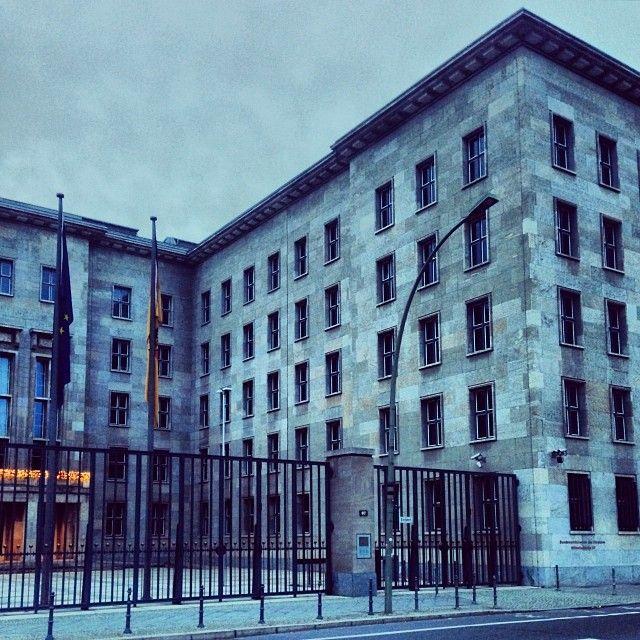 """26 Likes, 2 Comments - Moritz (@mh__ab) on Instagram: """"Was ein #Bauwerk... Das #Bundesministerium der #Finanzen in der #Wilhelmstraße #Berlin.…"""""""