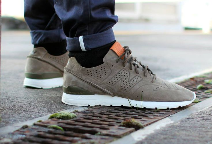 New Balance 996 Decon 'Sage' (kaki)