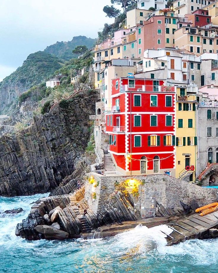 I think I could probably convince you to fall in love with Cinque Terre, Italy in only one picture, but it's so beautiful I had to share 34. Fall in love and start planning your trip to Cinque Terre with these photos. Don't forget to save this to your travel board so you can find it when you're planning your trip! Including: Cinque Terre, Vernazza, Corniglia, Maranola, Italy, Italian Riviera, Italian Five Lands, Riomaggiore Marina, Italian Coast, Italian Villages and more