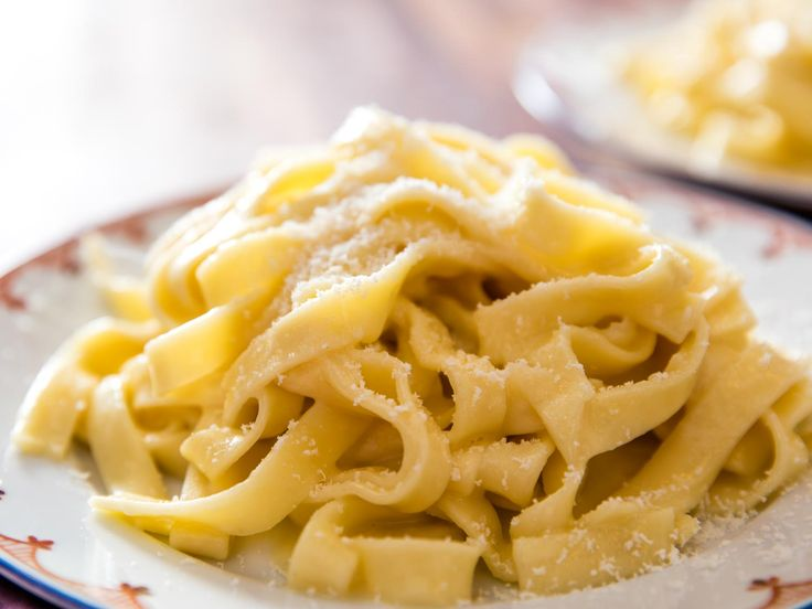Hold the Cream: How to Make Real-Deal Roman Fettuccine Alfredo