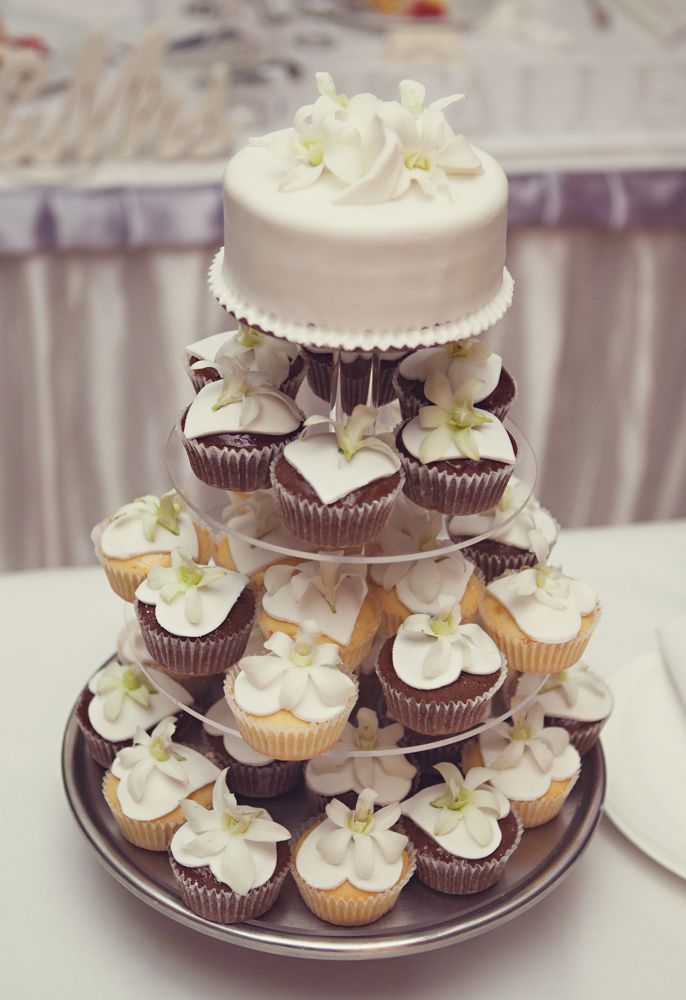 Patrick & Leah – Outrigger Wedding » Bula Bride - fiji Destination Wedding Blog. Photography by KE Photography
