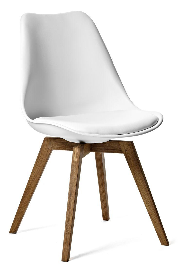 Bekväm stol i trendig design med retrokänsla. Ett prisvärt alternativ som passar utmärkt med Anton matbord.