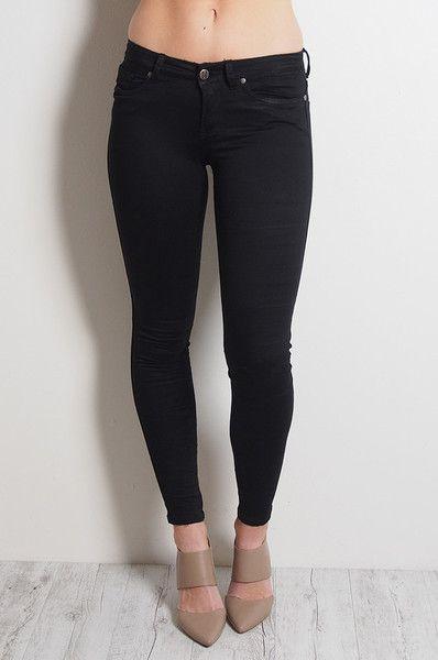 Black Onyx Gelato Legs // REFUGE DENIM