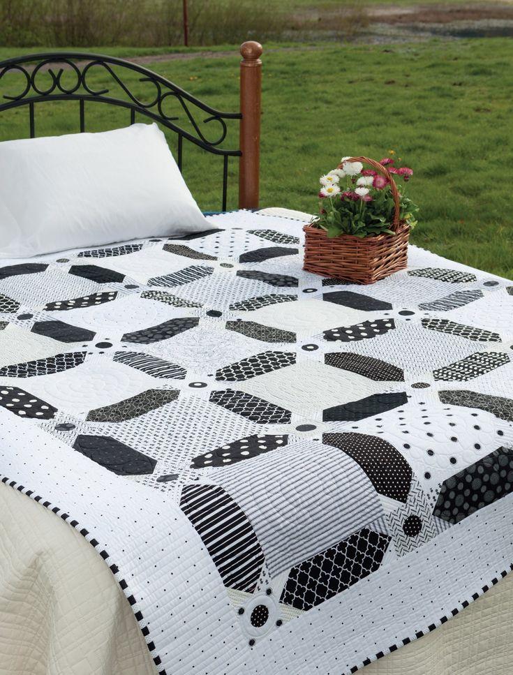 Vintage Vibe: Traditional Quilts, Fresh Fabrics: Amber Johnson: 9781604684117: Amazon.com: Books