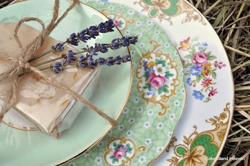 Elegant Wedding Table Settings: Mismatched China - Elegant Wedding Ideas and Elegant Weddings Tips