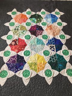 Quilting Is My Bliss: Leslie M's Quilt