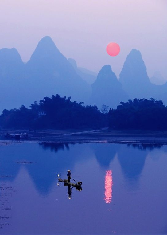 Breathtaking Photos of Chinas River of Poems and Paintings by Dallas and John Heaton.
