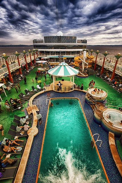 Norwegian Cruise Line, Norwegian Pearl, Outside Seattle by Michael Riffle, via Flickr
