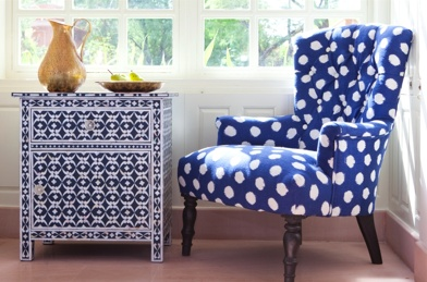 Good Lord, navy blue and polka dots . . . I'm in heaven!!
