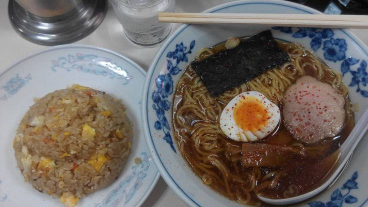 Japan is one noodle loving country. Walk down any street in Tokyo and you're bound to come across two or three noodle joints, captained by…Continue readingRamen vs Udon vs Soba: A Quick Guide to Japanese Noodles