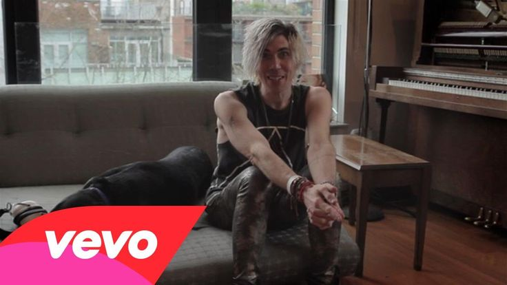 Marianas Trench - The Making Of Astoria / AKA Josh Ramsay making me sob violently in eight minutes or less