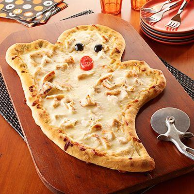 White garlic cream sauce and mozzarella make a ghostly good white chicken pizza! #GotItFree #EuroStyleButter