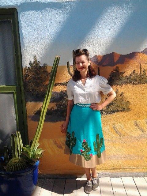 Felt cactus applique skirt! (using Simplicity 1659)