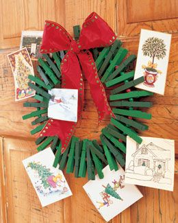 Clothes Pin Wreath Greeting Card Holder