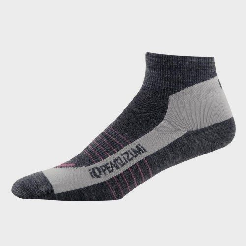 Pearl Izumi #Women's Elite Wool Sock,Shadow Grey,#Small Made by #Pearl iZUMi Color #Shadow Grey. The Pearl Izumi Elite Wool Sock has mesh ventilation over the top of the foot, along with left and right specific ventilation channels. The Pearl Izumi Elite Wool Sock has anatomic arch compression fit to maximize performance.. The women's Pearl Elite Socks have excellent moisture transfer and provides insulation when wet.