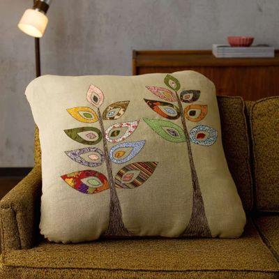 Beautiful applique cushion!