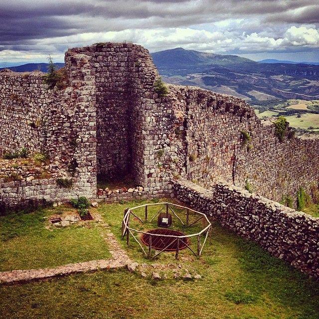 Interno della fortezza - Radicofani | #siena #valdorcia #toscana #italia #tuscany #italy