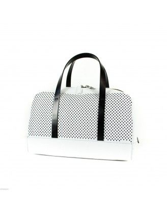 #handbag #women #iceberg COLLECTION: 2014 SIZE: (W) 36cm, (H) 22cm, (D) 19cm COLOUR: White & Black http://houseoffashion.gr/index.php?route=product/product&path=33_70&product_id=63