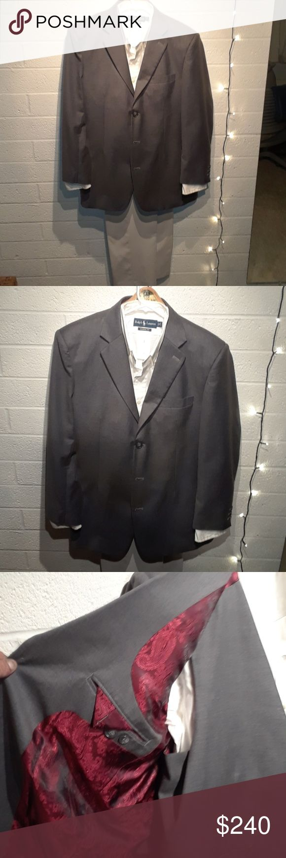 Mens Suit and Vest by T4L size 42R Smart Dress Casual in Professional Grey With an Evening red paisley satin lining. An All purpose Jacket by Fits You T4L. T4L Suits & Blazers Suits