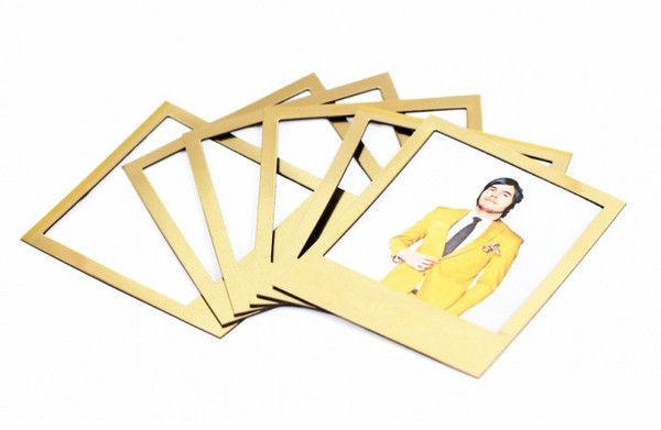 I LOVE these! Gold magnetic Polaroid-style frames!