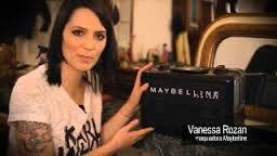 Resultado de imagem para maletas de maquiagem maybelline
