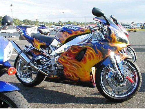 Para os que já são donos de motos tunadas, mexer nelas já virou hábito