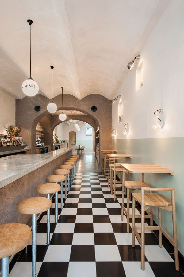 Studio Gram has been receiving a lot of awards lately, but their fit-out for Osteria Oggi takes their talents to the next level. Leanne Amodeo visits the recently opened restaurant.